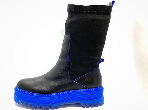 20526 BLACK BLUE