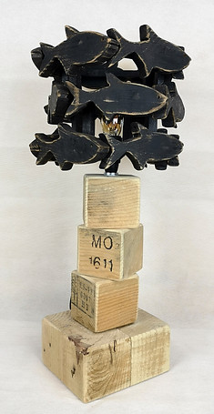 Black Damselfish Lamp