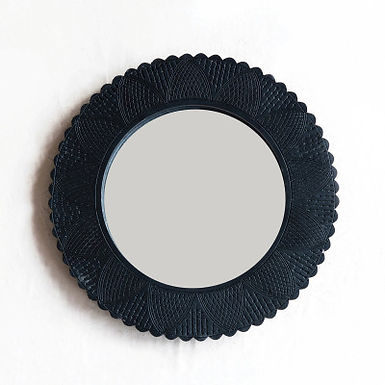 """Hand-Carved Wall Mirror w/CutOuts & Scalloped Edge, Black (Holds 7"""" Round Photo)"""