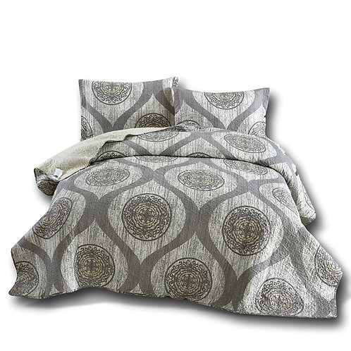 DaDa Bedding Classic Grey Mosaic Medallion Reversible Quilted Coverlet Bedspread