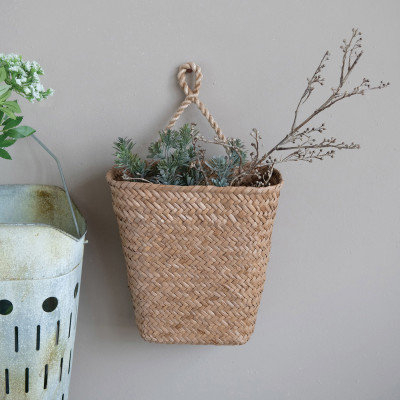 Hand-Woven Hanging Seagrass Wall Basket with Handle, Natural (Hangs or Sits)