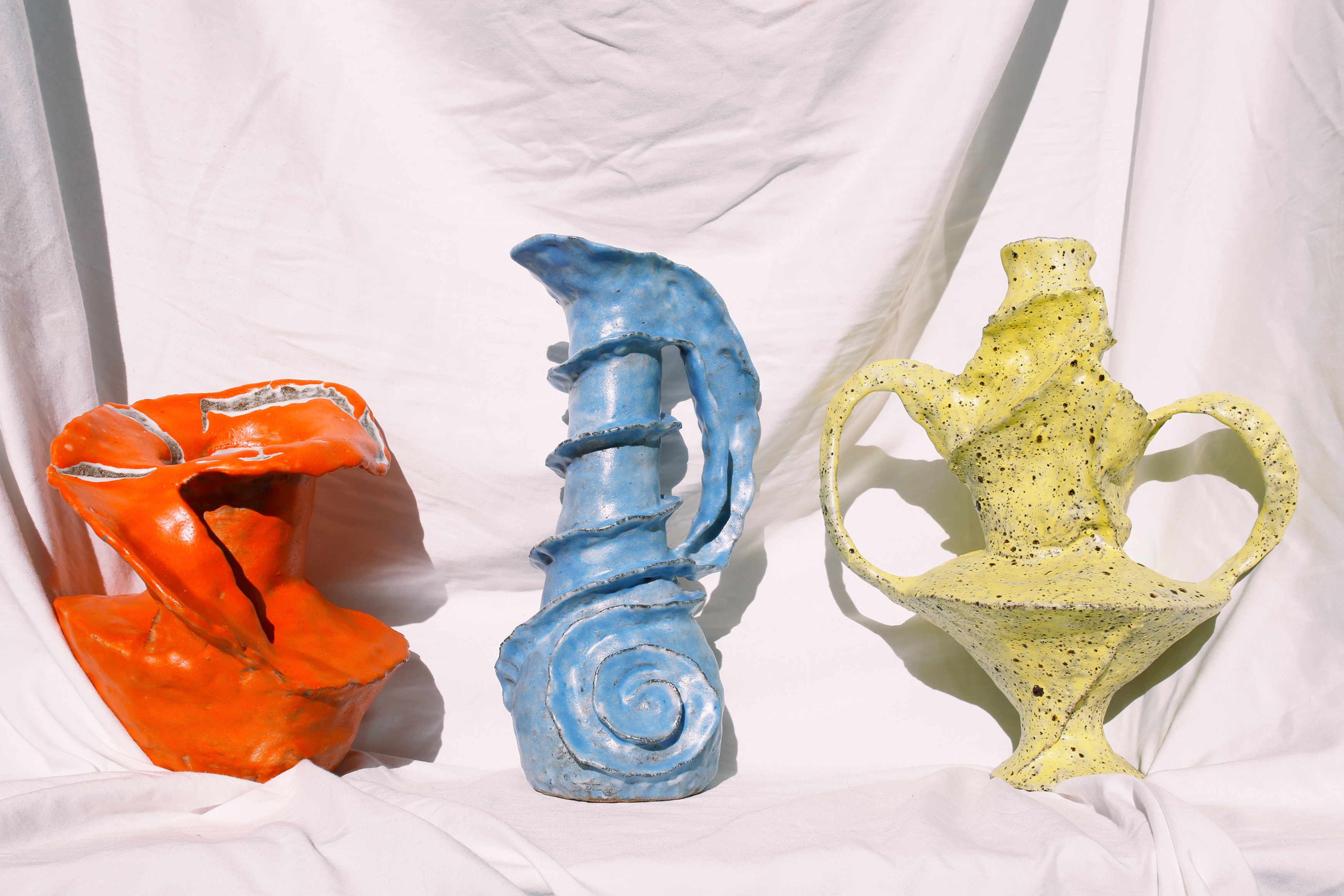 Custom clay vases handmade by Melbourne artist Hilary  Green for Melbourne Floral Artist xxflos