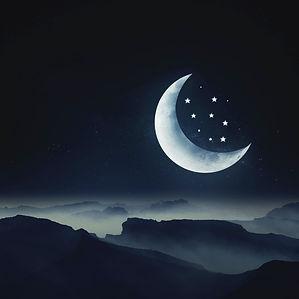 moon-4606246_1920_edited.jpg