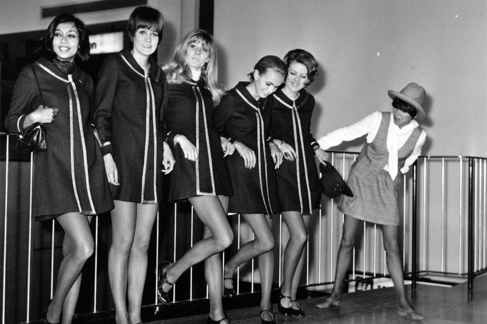 Swinging sixties, sixties mini skirt, mini skirt, miniskirt, Mary Quant, fashion news, fashion awards, London fashion, kings road fashion