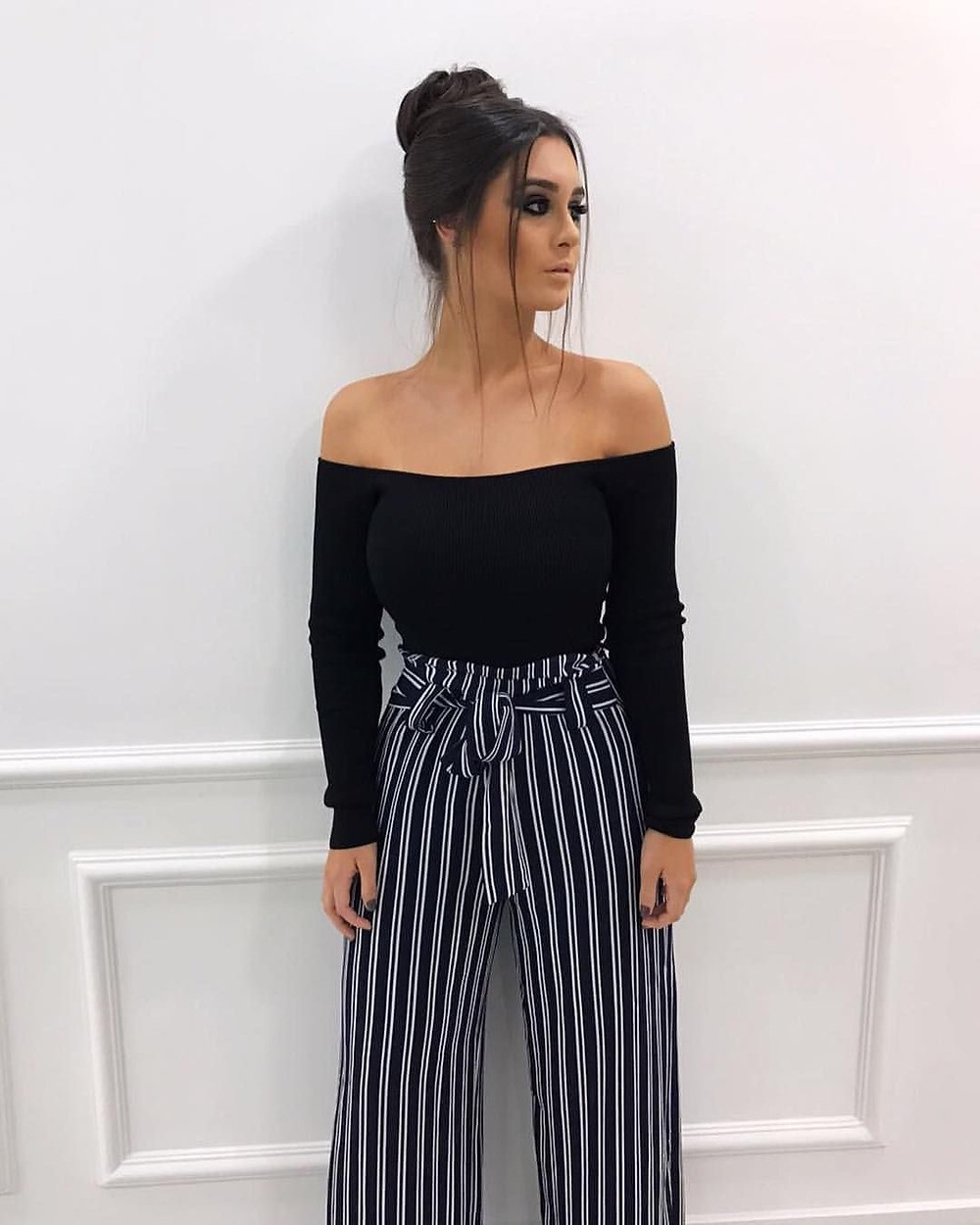 womens fashion, womens striped pants, womens striped trousers, holiday trousers, holiday pants, must have for summer holidays, must have vacation items, fashion styling, fashion tips