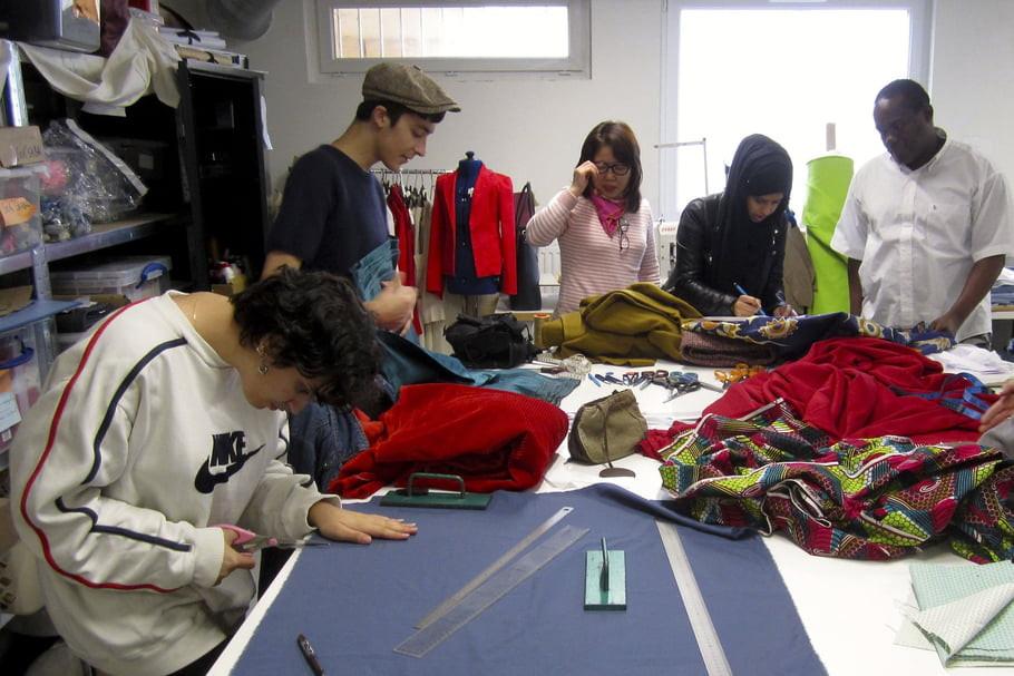 fashion news, fashion business, fashion news paris, free fashion school, low cost fashion, school