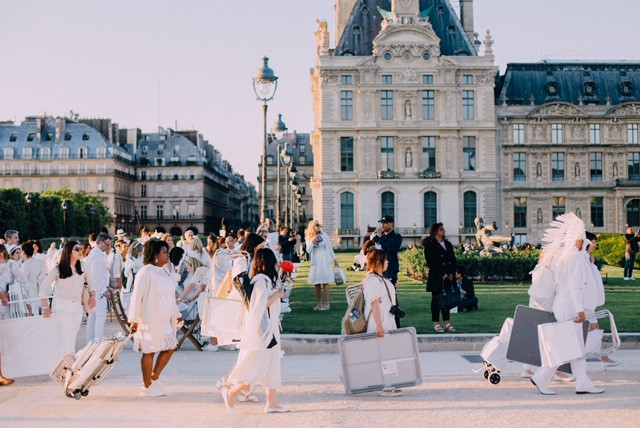 The white party paris, white party paris 2019, white party 2019, white party fashion, paris fashion, fashion in paris, parties in parts, secret party paris, fashion party paris, fashion designer paris