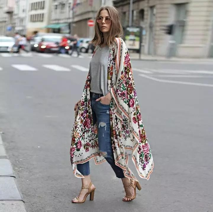 essential kimono, summer essentials, summer fashion essentials, fashion, fashion kimono, how to style a kimono, how to wear a kimono, what to pack, what to pack for vacation