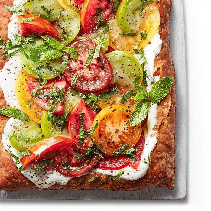 Friday Favorites: tomato salad pizza, serious cheese board advice & homemade peanut butter dog t
