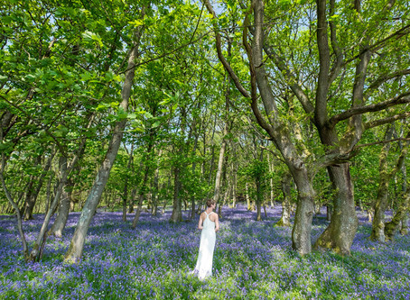 Make the most of your surroundings: Herefordshire Wedding Photos
