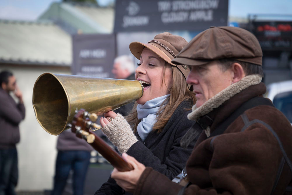 Entertainers at Hereford Races