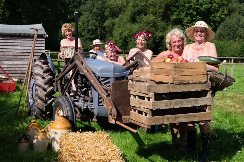 Buff Guide to Bodenham calendar - Land Girls