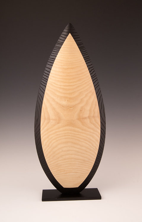 Vivien GRANDOUILLER : Amande Chocolat #1.  Hauteur 60cm.