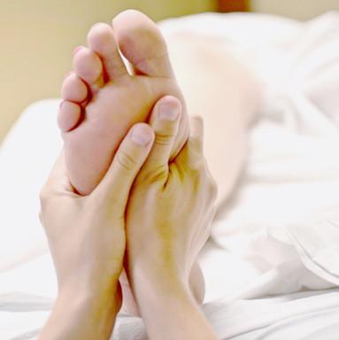 Koko kehon vyöhyketerapiaa ja tunnevyöhyketerapiaa
