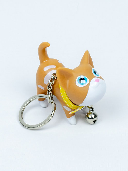 Raring to Go Kitten Keychain -Butterscotch side view