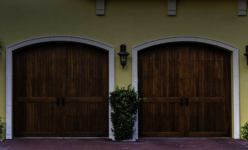 home_garage_door_pic13.jpg