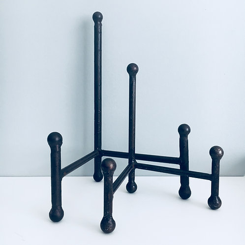 "10""Black Iron Stand"