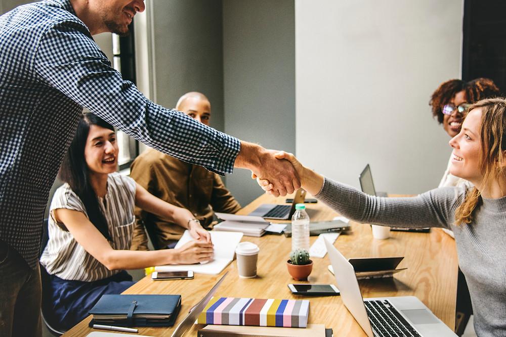 英会話, 英語, ネイティブ, 3 secrets of success - how to make a great first impression