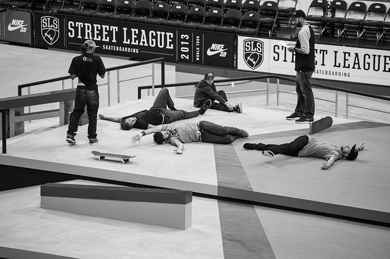 pros at street league stretching