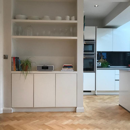 Open shelving in kitchen diner