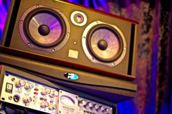 7Gate Media_Silver Studios - Focal Twin BE Speakers