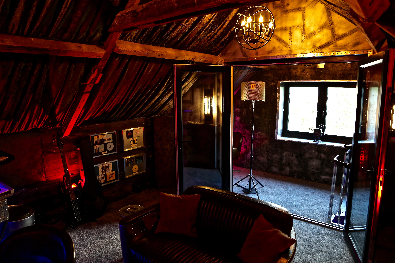 7Gate Media_Silver Studios -  Studio 1 Back view 2