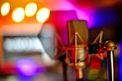7Gate Media_Silver Studios - Stock mic
