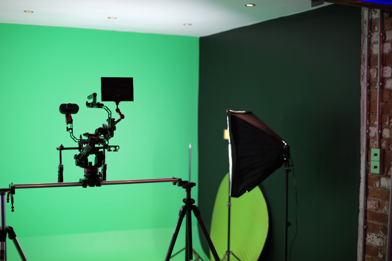 7Gate Media_Silver Studios - Studio 3 Music Video suite shot 3