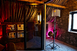 7Gate Media_Silver Studios -  Vocal Live Room through doors