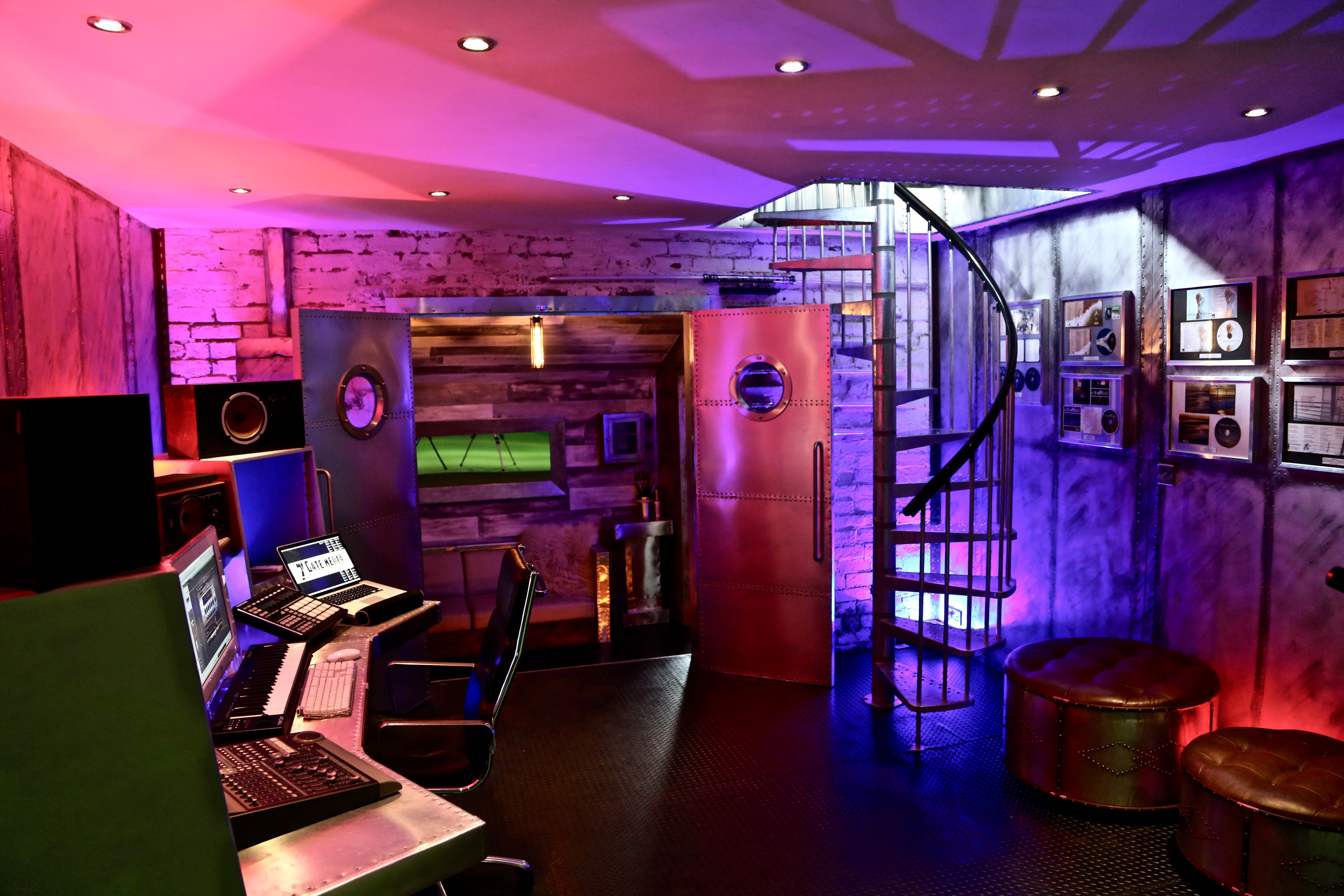 7Gate Media_Silver Studios - Studio 2 shot 4
