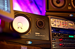 7Gate Media_Silver Studios - Yamaha NS10M Speakers