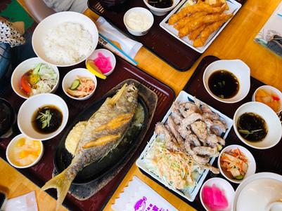 沖繩美食:海鮮料理 浜の家(濱之家) 近青洞 新鮮海鮮 奶油烤魚 炸蝦定食