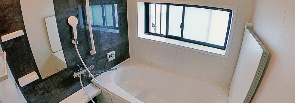 全新淋浴間附浴缸