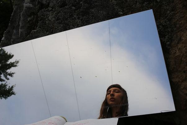 mirror, nasim luczaj