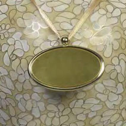 C400 Bronze Oval Urn Pendant (Brass)