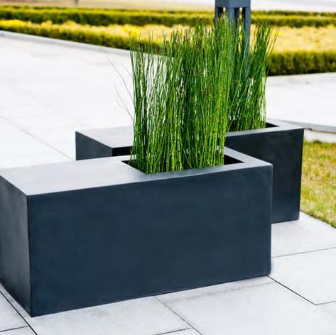 Black Seating Planter.jpg