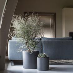 Modern Office Planters Round Black Fibrestone