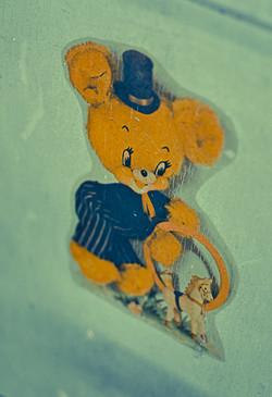 top hat bear