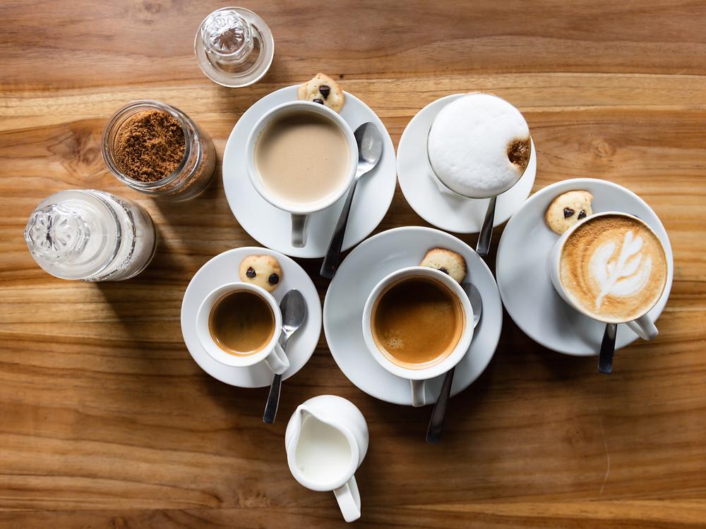 Verschiedene Kaffeespezialitäten