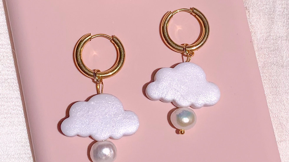 White purity cloud