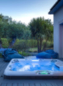 hot-tub-1.jpg