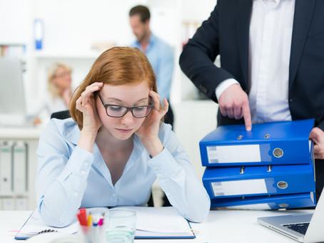 Estrés laboral: causas, y cómo combatirlo