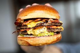 Bacon burger 2.jpeg