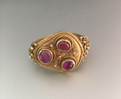 A gold and ruby ring, Java 9-12th C.