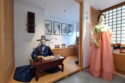 Korean Cultural Center (4)