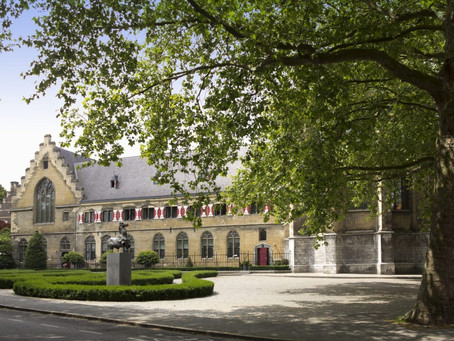 Luxury Lodging: Top 3 Hotels in and around TEFAF