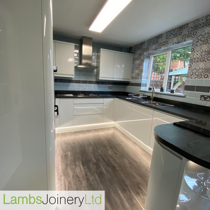 Wren kitchen fitted in doncaster