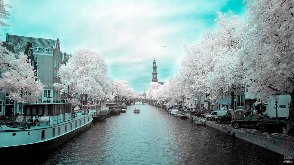 Prinsengracht in IR false color 760 nanometer filter - Arno van der Poel