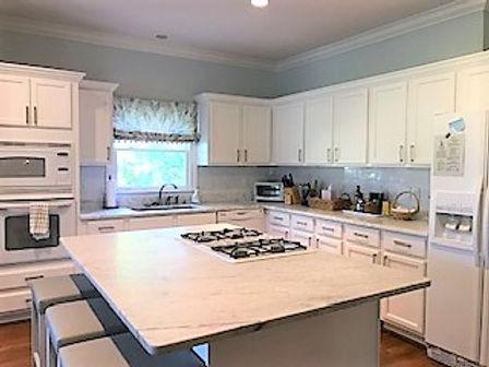 auction kitchen (1).jpg