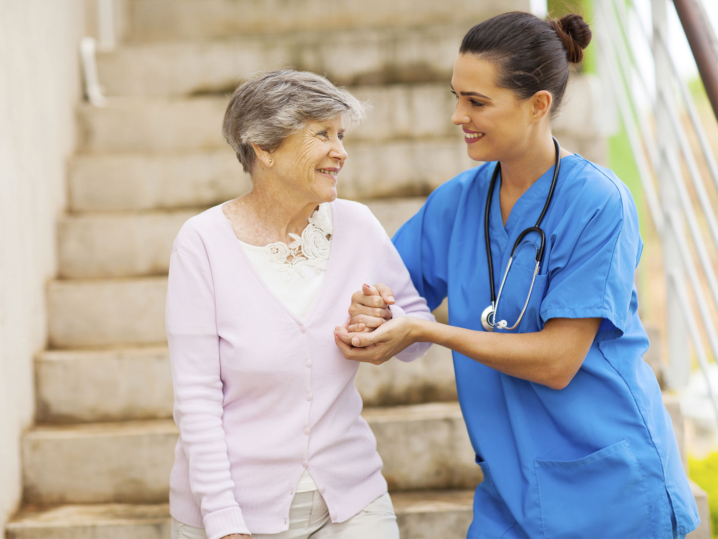 home-health-aide-162578383.jpg